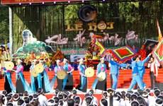 [Photo] Hòa Bình: Lễ Khai hạ Mường Bi tấp nập ngày mở hội