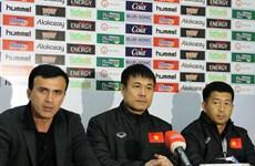 HLV Hữu Thắng tiếc vì tuyển Việt Nam không thể ghi thêm bàn