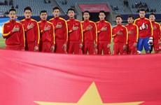 """Ông Hữu Thắng gọi """"ồ ạt"""" cầu thủ U20 lên đội tuyển Việt Nam"""