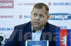 """Huấn luyện viên Campuchia lại """"nổ"""" tưng bừng trước trận gặp Việt Nam"""