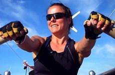 Nữ vận động viên chèo thuyền vượt Đại Tây Dương