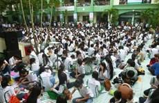 Đà Nẵng lập kỷ lục số người gói quà từ thiện