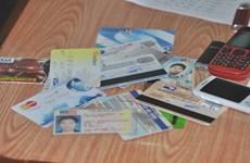 Bắt 2 đối tượng Trung Quốc lừa đảo thẻ tín dụng ngân hàng