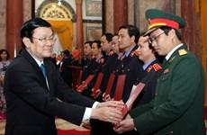 Chủ tịch nước trao quyết định bổ nhiệm kiểm sát viên