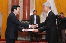 Chủ tịch nước tiếp các đại sứ đến trình quốc thư