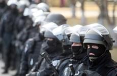 Robert Gates: Biện pháp trừng phạt không ngăn được Nga