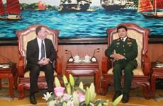 Thứ trưởng Bộ Quốc phòng Hoa Kỳ thăm Việt Nam