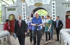 Chủ tịch Thượng viện Mỹ kết thúc chuyến thăm Việt Nam