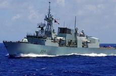 Canada điều khinh hạm HMCS Regina tới Đông Âu