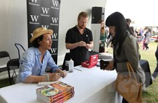 Bobby Chinn giới thiệu món ăn Việt tại lễ hội ẩm thực London