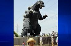 Quái vật Godzilla vẫn khuấy động nước Nhật sau 60 năm