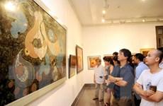 Triển lãm tranh sơn mài mở màn những ngày Việt Nam tại Nga