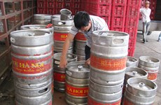 Tạm thu giữ nhiều bom bia hơi Hà Nội và Việt Hà có dấu hiệu giả