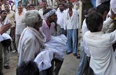 Giẫm đạp tại đền thờ ở Ấn Độ khiến hơn 70 người thương vong
