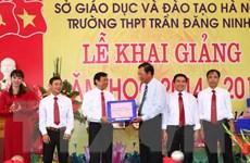 Bộ trưởng GDĐT dự khai giảng tại trường nông thôn có nhiều trò giỏi