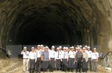 Thông kỹ thuật hầm Cổ Mã trên tuyến đèo Cả thuộc quốc lộ 1A