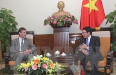 Đại sứ Anh Giles Lever cam kết tăng cường quan hệ hai nước