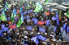 Iran: Hàng nghìn người biểu tình trước Đại sứ quán Pháp