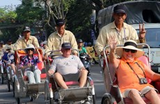 Đến năm 2020, ngành dịch vụ chiếm 65% cơ cấu kinh tế Đà Nẵng