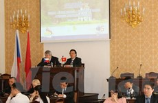 Hội thảo về Lịch sử và triển vọng phát triển của Việt Nam tại Séc