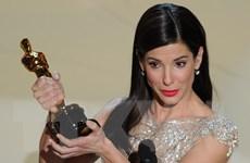 Sandra Bullock giành danh hiệu người phụ nữ đẹp nhất thế giới