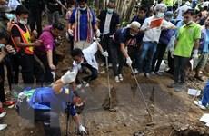 Malaysia phát hiện hơn 100 ngôi mộ tập thể của người di cư