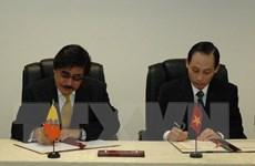 Đại sứ Việt Nam đầu tiên tại Vương quốc Bhutan trình Quốc thư