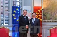 Bí thư Thành ủy Hà Nội Phạm Quang Nghị thăm và làm việc tại Pháp