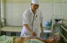 Cứu sống bệnh nhân bị ngọn tre đâm xuyên từ bụng sang lưng