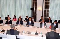 Thủ tướng Nguyễn Tấn Dũng tọa đàm với các doanh nghiệp Nhật Bản