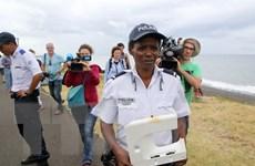 Pháp triển khai nguồn lực tăng cường tìm kiếm mảnh vỡ MH370
