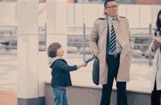 Chiếc ví rơi - Một thử nghiệm thú vị về trẻ em và lòng tốt
