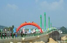 Lạng Sơn: Thông xe kỹ thuật cầu 17-10 bắc qua sông Kỳ Cùng
