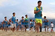 """8.000 người tham gia chạy bộ """"Đôi chân trần trên biển Đà Nẵng"""""""