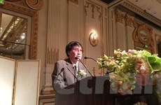 Nhà văn Trần Mai Hạnh nhận Giải thưởng Văn học ASEAN năm 2015
