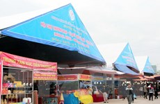 470 gian hàng tham gia Hội chợ Thương mại quốc tế Việt-Trung 2015