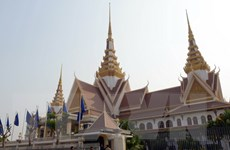 Campuchia hủy kế hoạch cấm chính trị gia mang hai quốc tịch