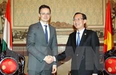 TP.HCM thỏa thuận hợp tác với Hungary về y tế, xử lý nước