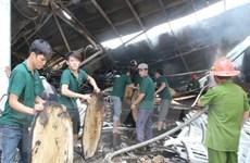 Công ty gỗ Wang Feng vẫn thưởng Tết cho công nhân sau vụ cháy