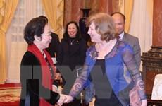 Phó Chủ tịch nước tiếp Chủ tịch Nhóm nghị sỹ hữu nghị Pháp-Việt