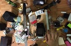 """""""Đột kích"""" khách sạn, phát hiện hàng chục đối tượng sử dụng ma túy"""