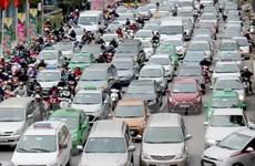Giá thuê xe dịp 30/4 tăng 20-30% vẫn không đáp ứng đủ nhu cầu