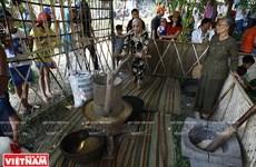 Cảm nhận không gian cổ kính dân dã với chợ quê Thanh Toàn
