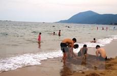 Phân tích vệt nước màu đục xuất hiện tại vùng biển Hà Tĩnh