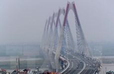 Trượt chân ngã mất tích khi đi vệ sinh trên cầu Nhật Tân