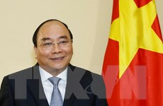 Thủ tướng trả lời báo chí Nhật Bản trước hội nghị G7 mở rộng
