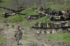 Nga tìm cách cân bằng trong việc bán vũ khí cho Armenia, Azerbaijan