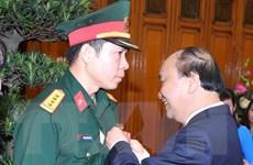 Thủ tướng trao Huân chương Lao động cho xạ thủ Hoàng Xuân Vinh