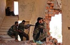 Thổ Nhĩ Kỳ pháo kích IS và lực lượng người Kurd ở miền Bắc Syria