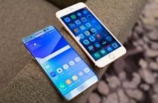 """Sự kiện quốc tế từ 29/8-4/9: Samsung """"dâng"""" quà cho Apple"""